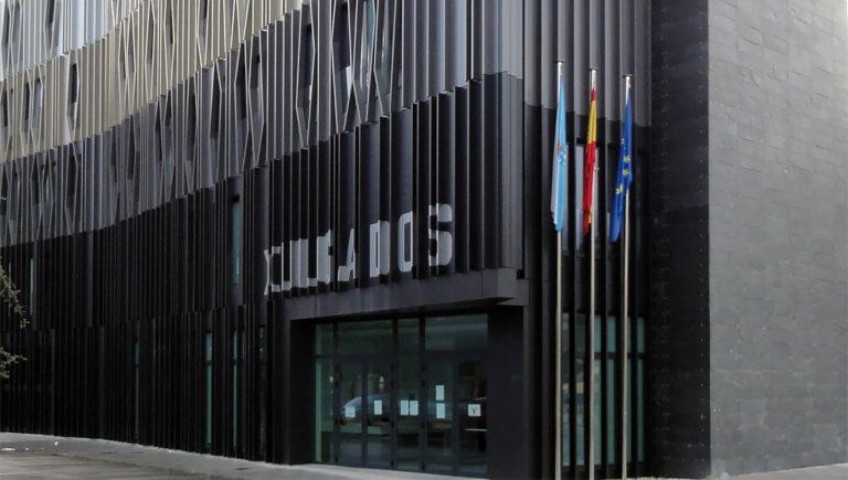 Courts in O Barco de Valdeorras - Strow Proyectos