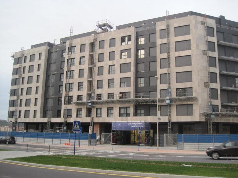 Edificio de Viviendas en Barakaldo · Mármoles Zamar · Anclajes Fachadas Ventiladas Strow