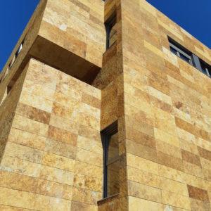 fachada-piedra-oro-los-tempranales-naturpiedra62