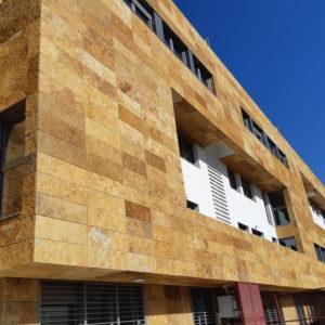 fachada-piedra-oro-los-tempranales-naturpiedra63